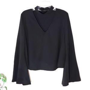❣️ZARA Trafaluc Bell-sleeve Black blouse